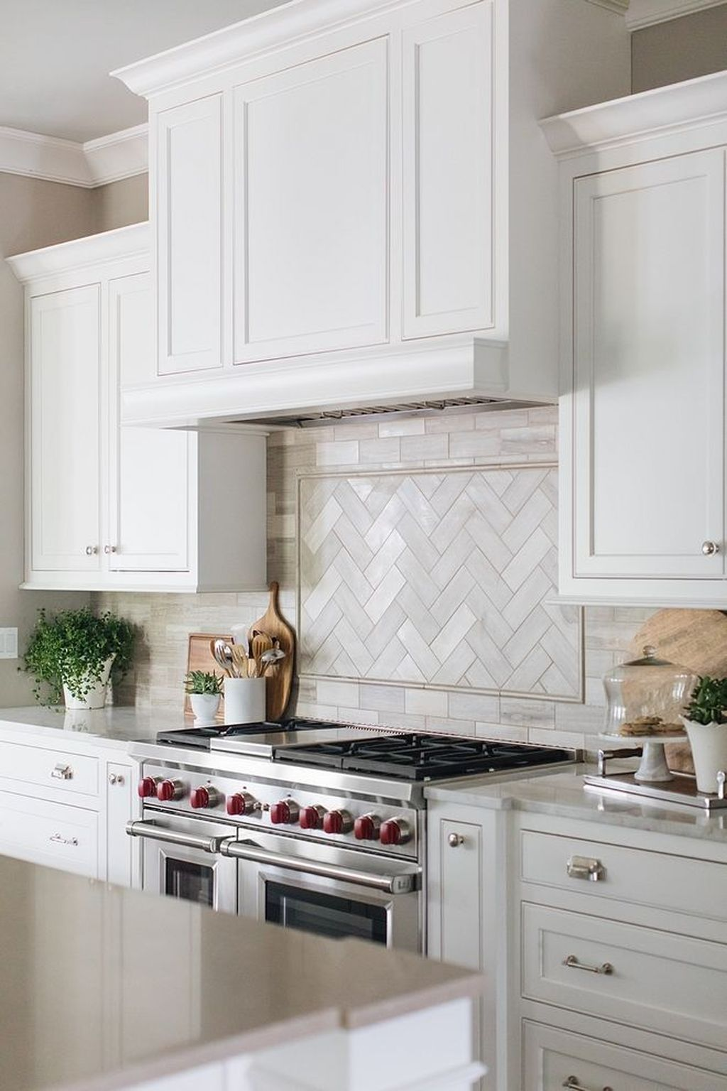 32 popular modern farmhouse kitchen backsplash ideas kitchenideas https www ohhomede on farmhouse kitchen backsplash id=98650