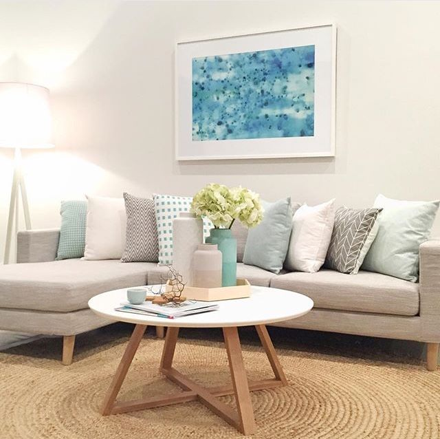 10 Living Rooms With Calming Colors: Colors--cool, Light, Pastels, Calm Lounge Room Styling