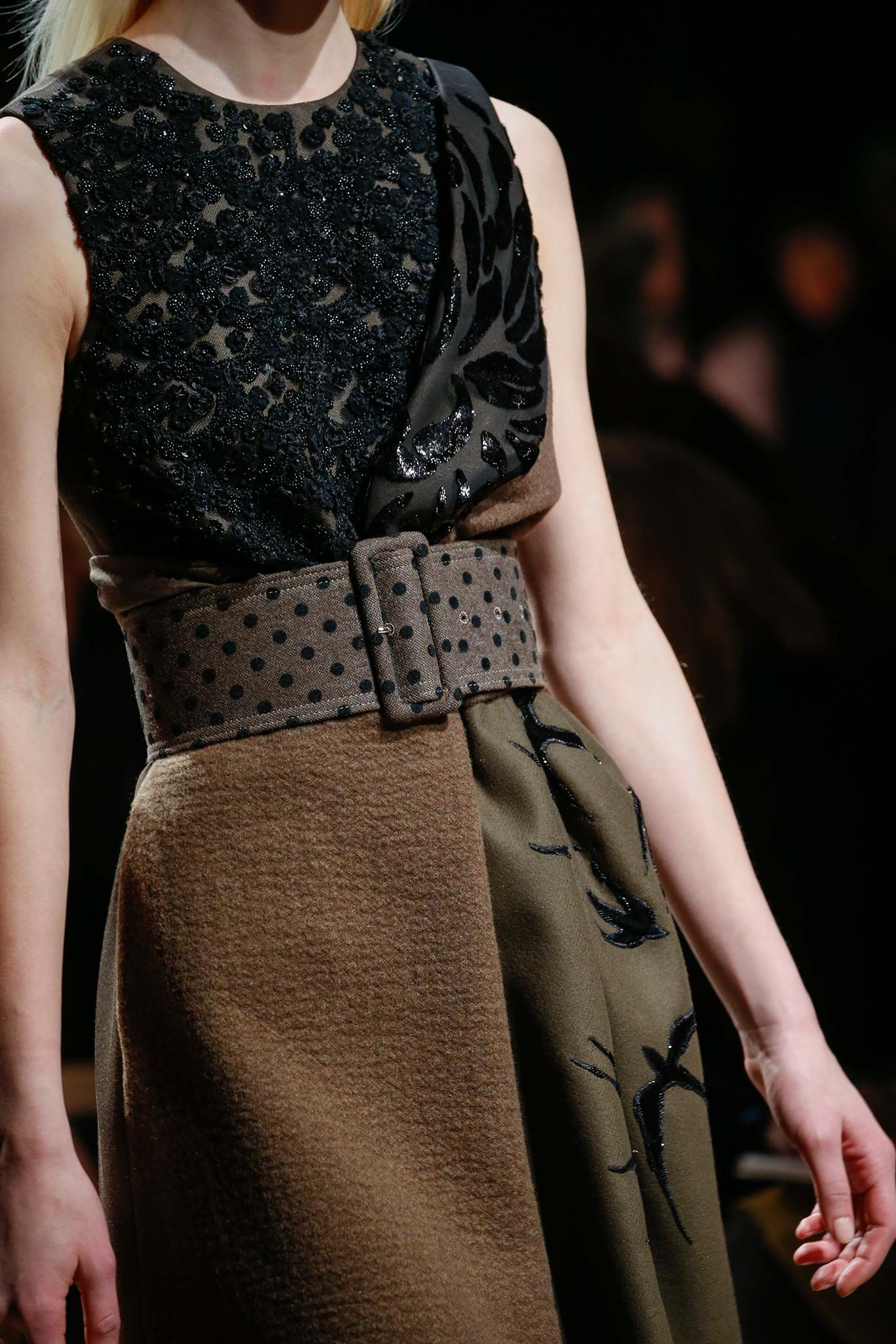 Rochas Fall 2015 Ready-to-Wear - Details - Gallery - Style.com