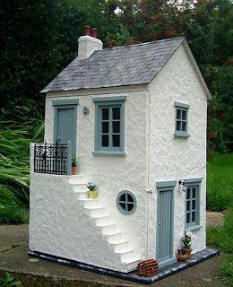 Julie's dolls house blog: 1/12th Scale 'Smuggler's Cottage' | doll