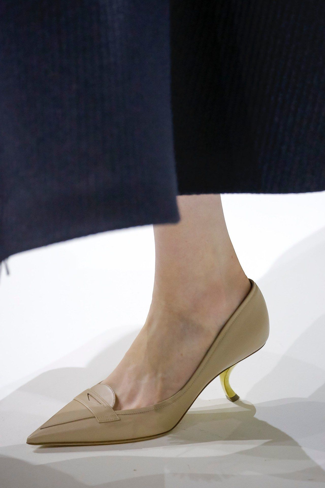 Kitten Heels At Christian Dior Fall 2018 Couture Pfw Fashion Christian Dior Couture Fashion