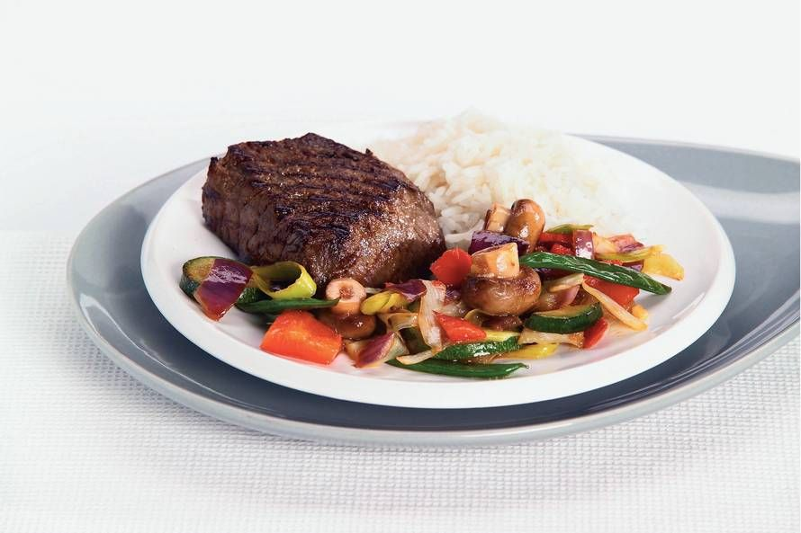 Photo of Japanese steak with wok vegetables – Recipe – Allerhande