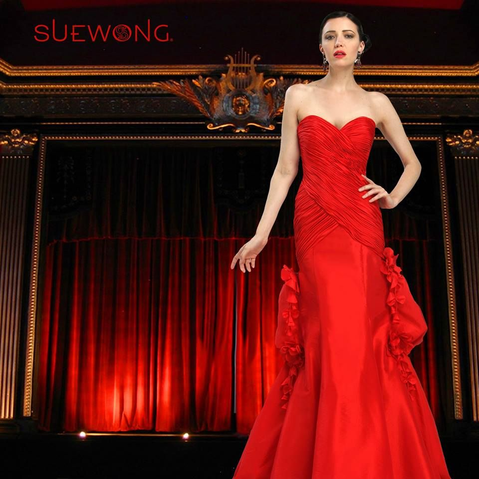 Sue Wong sleeveless sweetheart gown with pleated bodice and side bustle skirt… #teamsuewong #suewong #fashion #hautecouture #couture #picoftheday #glamorous #colorful