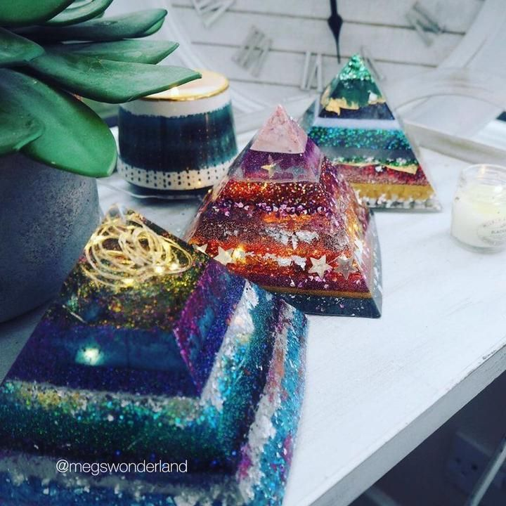 Flexible agate geode silicone molds for epoxy resin