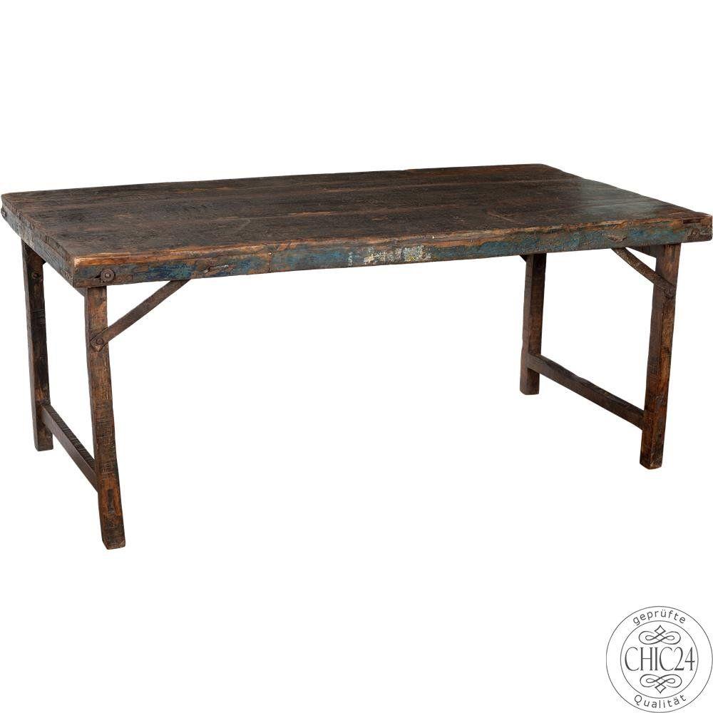 Alter Holztisch mit Patina im Industrie Look - chic24 - Vintage ...