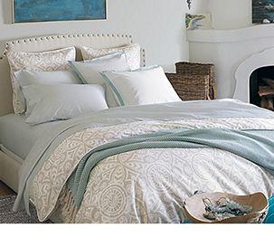 http://www.liverpool.com.mx/assets/images/categorias/hogar/casa-blancos.jpg