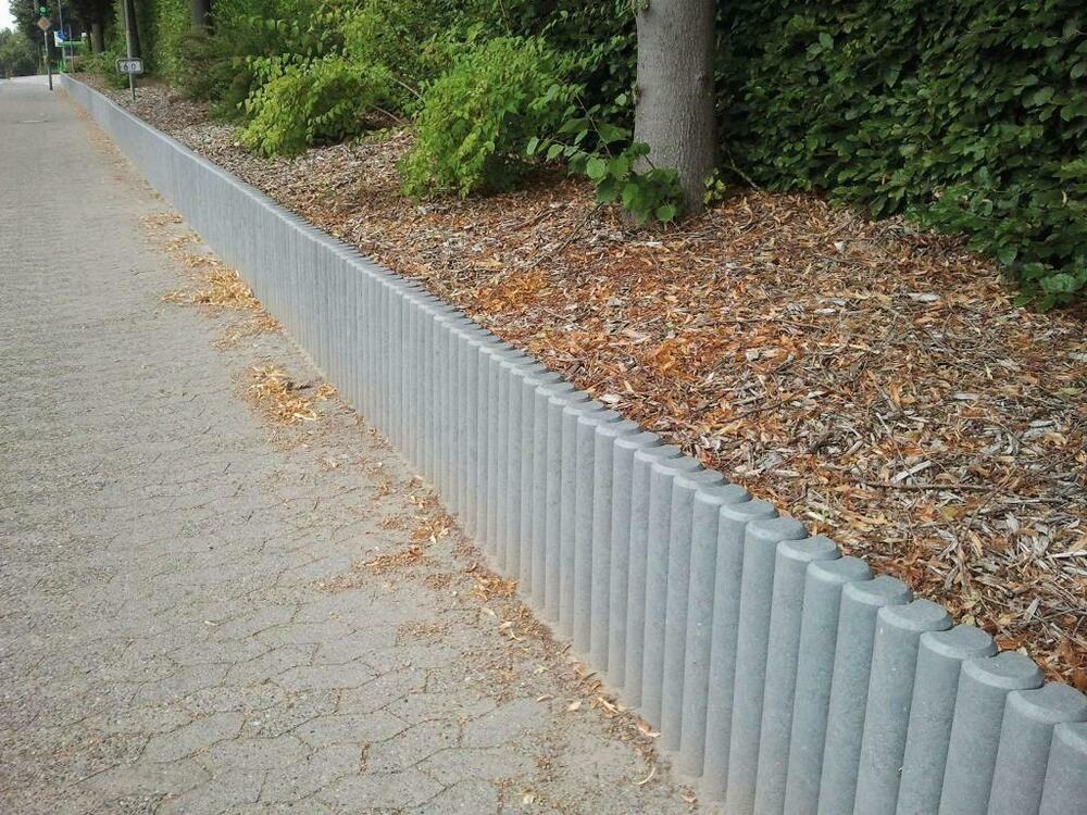 Palisade lange Ausführung Recycling Kunststoff Vollmaterial Hohlkehlpalisade