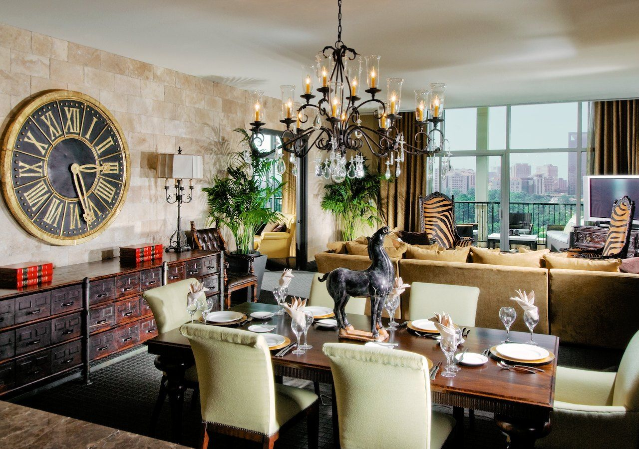 Hotel zaza houston magnificent seven suite tycoon stone - Two bedroom suites in houston tx ...