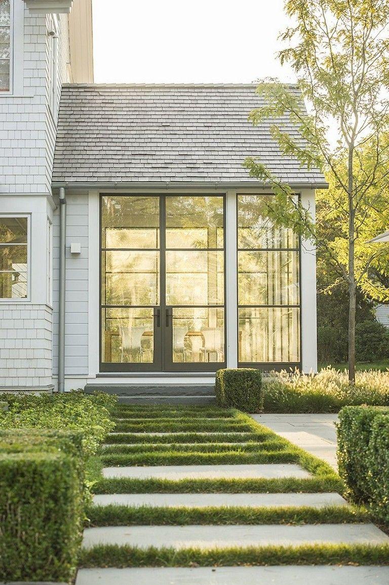 40 Lovely Modern Farmhouse Exterior Ideas Modern Farmhouse Exterior Farmhouse Exterior Modern Farmhouse