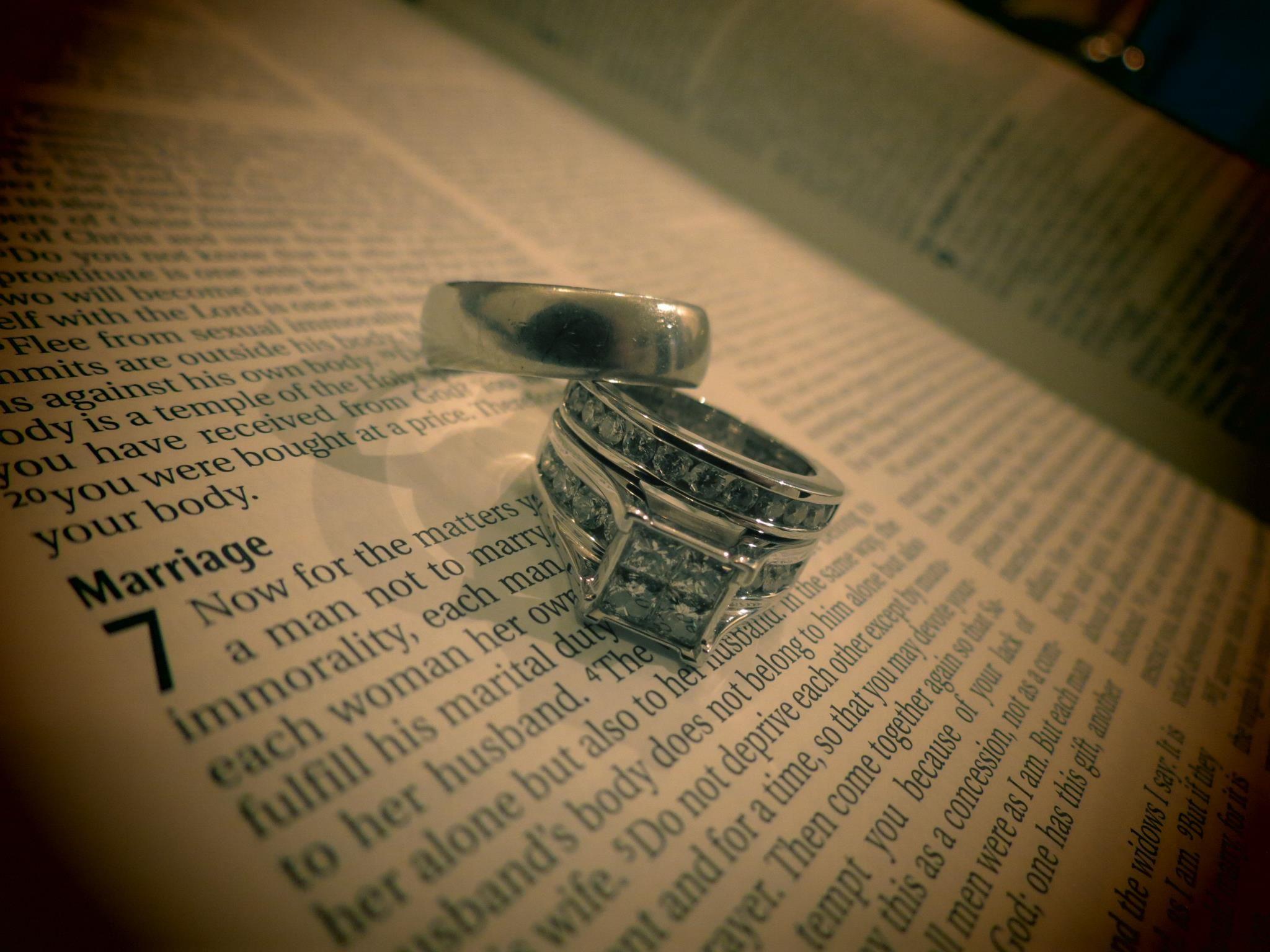 wedding rings on scripture 3 Â stephanie treml fiveur