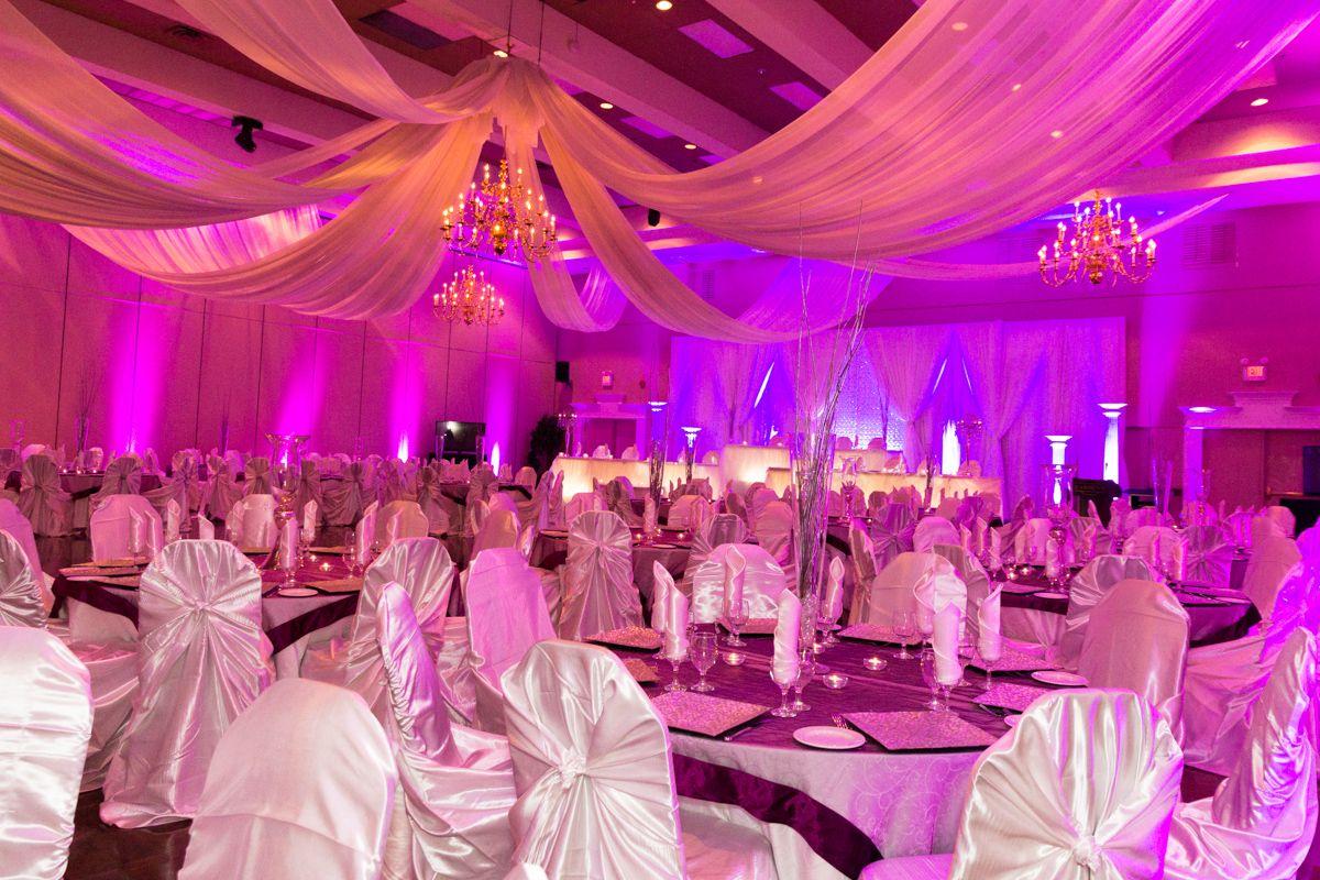 Milano Ballroom At Carmen S Banquet Centre Weddings In Hamilton Ontario Wedding Event Venues Outdoor Christmas Lights Event Venues
