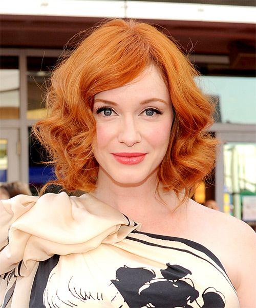 Christina Hendricks Medium Wavy Layered Orange Ginger Bob Haircut Ginger Hair Color Hairstyle Bob Hairstyles