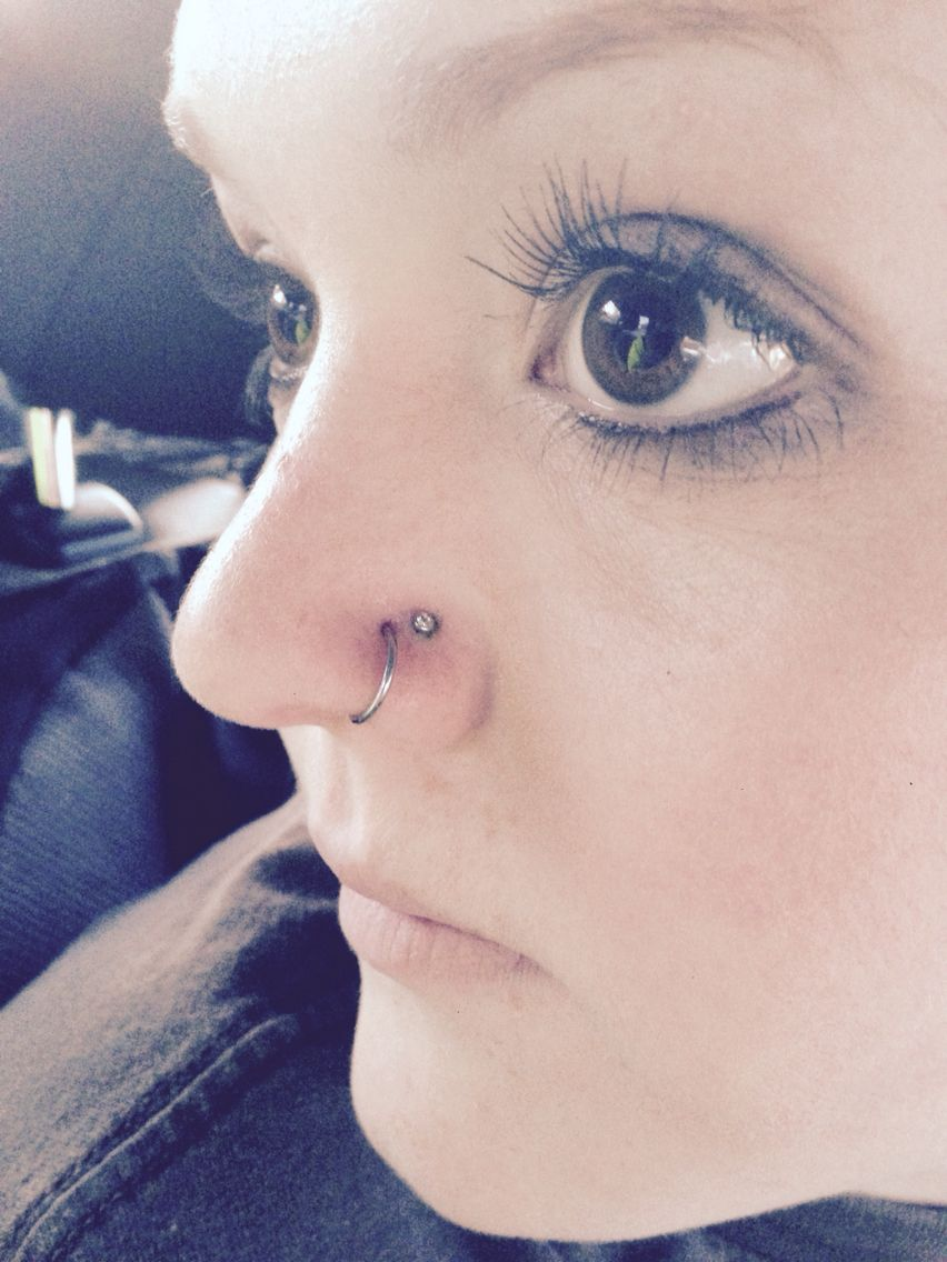 Double nose piercing #piercing #jewelry #doublenosepiercing