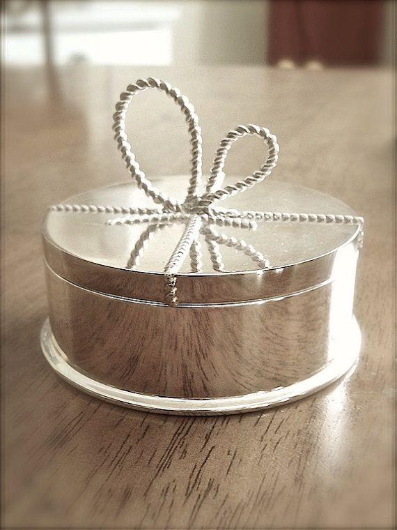 Vera wang silver plate round jewelry box trinket box with bow Wedding