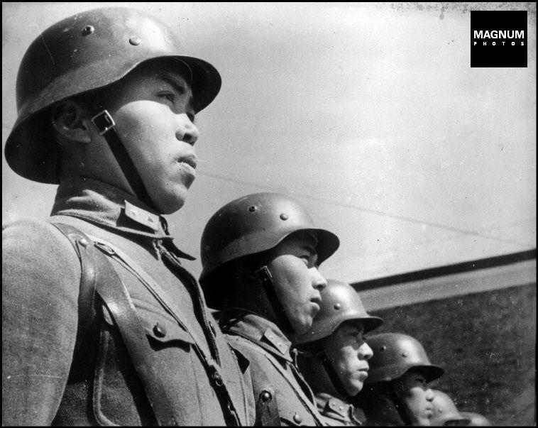 Hubei Hankou Second Sino Japanese War 1938 Chinese Soldiers Robert Capa Robert Capa Soldier Military History