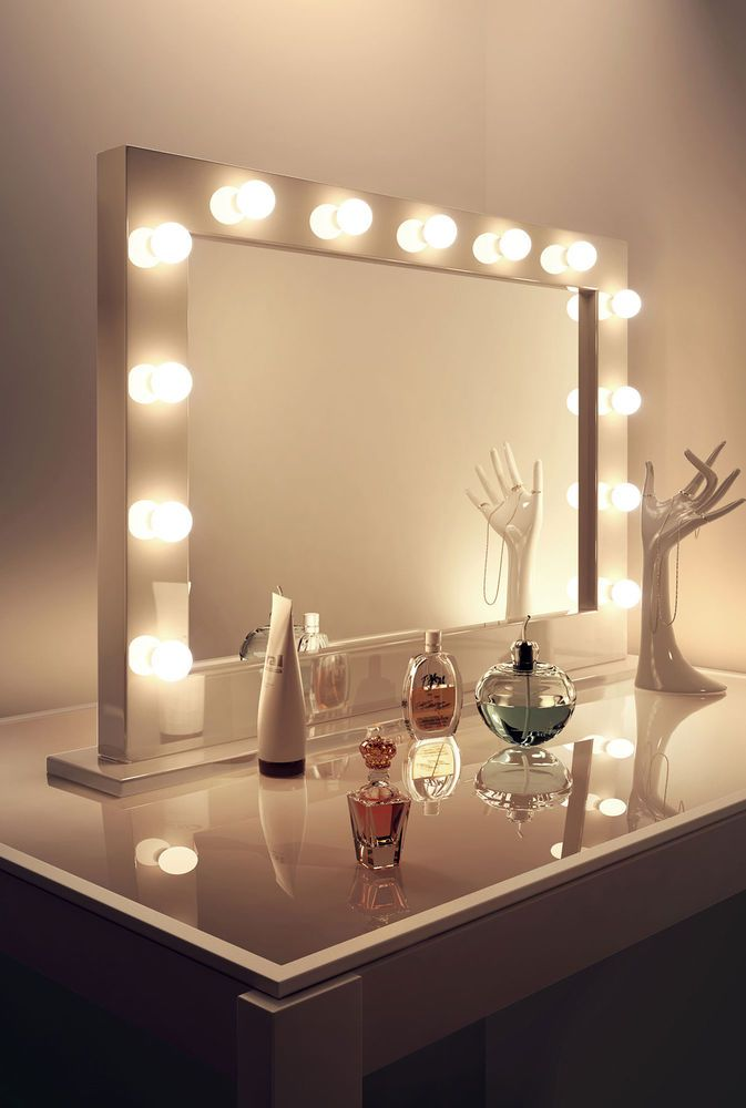 High Gloss White Hollywood Makeup Dressing Room Mirror With