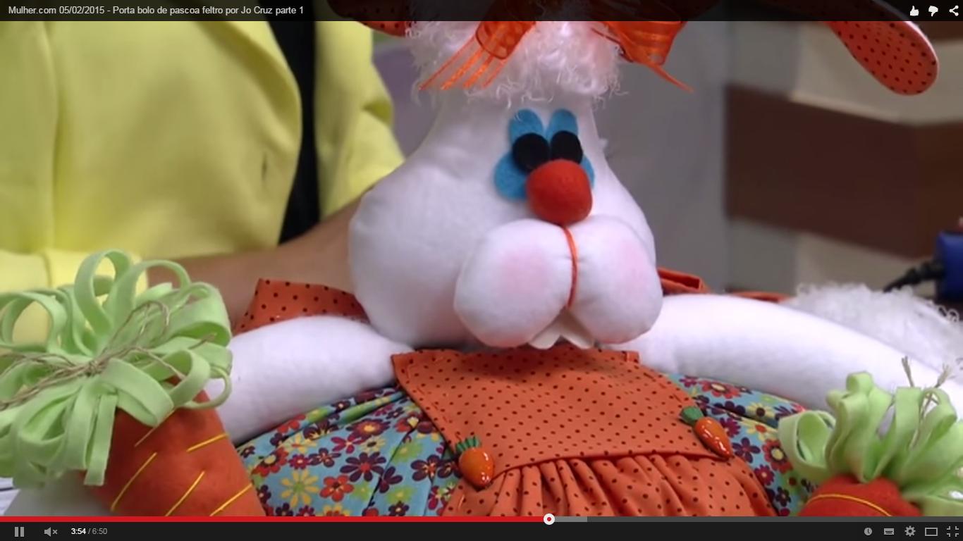 Mulher.com 05/02/2015 - Porta bolo de pascoa feltro por Jo Cruz