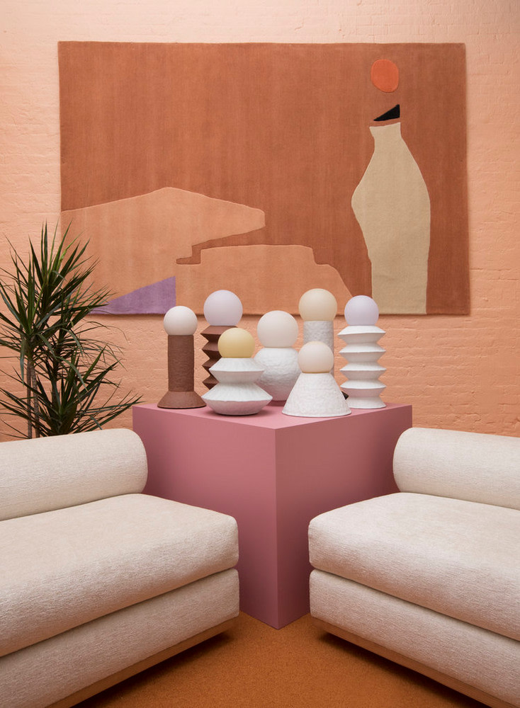 Totem Inspired Home Decor Trend Stacked Sculpture Pieces Trending Decor Contemporary Home Decor Modern Decor Diy