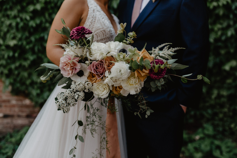Morden Romantic Wedding In Troy Nicole Nero Olive June Floral