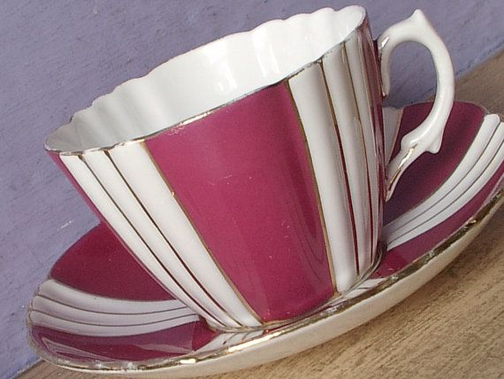 Vintage 1920's Royal Albert art deco teacup and by ShoponSherman