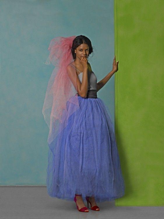 Vestido de novia en satén con falda superpuesta de tul. foto © Maria Espeus 2012