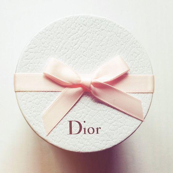 """あのDiorから""""誕生日ギフト""""がレアな名品をGetできるバースデーサービス"""