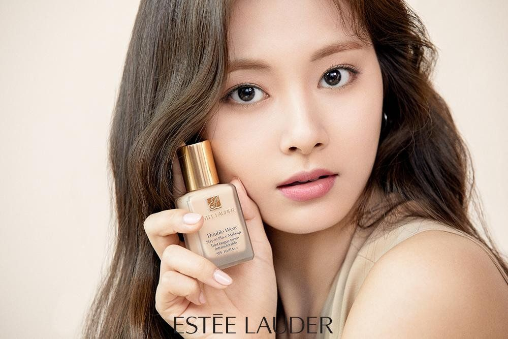 Twice Chosen To Be The Brand Ambassadors For Estee Lauder Koogle Tv Tzuyu Twice Estee Estee Lauder