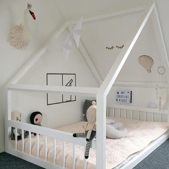 Spielzimmer selber bauen  20 inspiring ideas for children's bedrooms with sloped ceilings ...