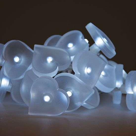Guirlande LED Coeur couleurs changeantes  piles 20 90