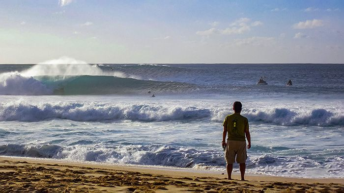 The world's most prestigious surf event is held here.