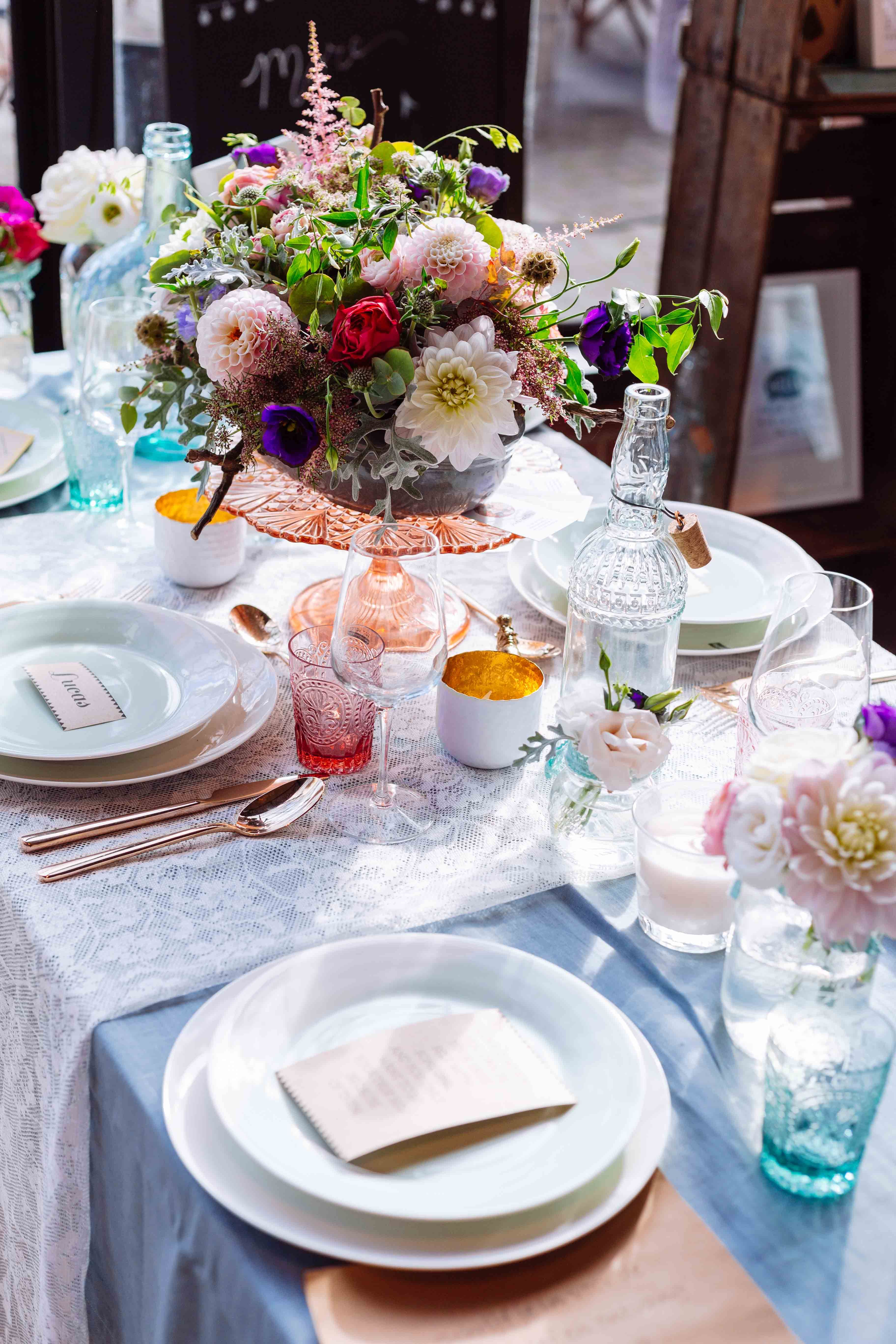 Wedding dinner table decoration weekend tip engaged event  table decorations and weddings