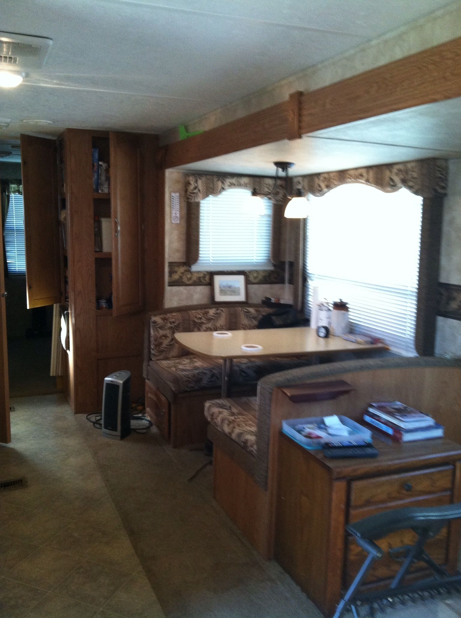 2007 Copper Canyon Sprinter 31ft Pull Behind Camper In Weiners Garage Sale Weiner AR For 31 Ft 2 Slides With