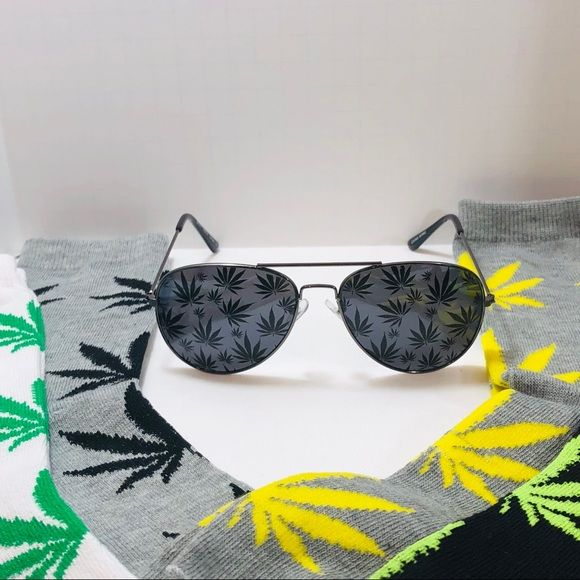 d6b4e60df6e0c Weed Leaf Accessories Gift Set  3 ☑ 1 Marijuana Weed Leaf Accessories Gift  Set