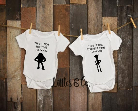2ed0592fa Star Wars Onesie / Twins Outfits / Twin Onesies / Twins Disney Onesies /  New Baby Gifts / Baby Showe | Products | Twin outfits, Onesies, Twin girls  outfits