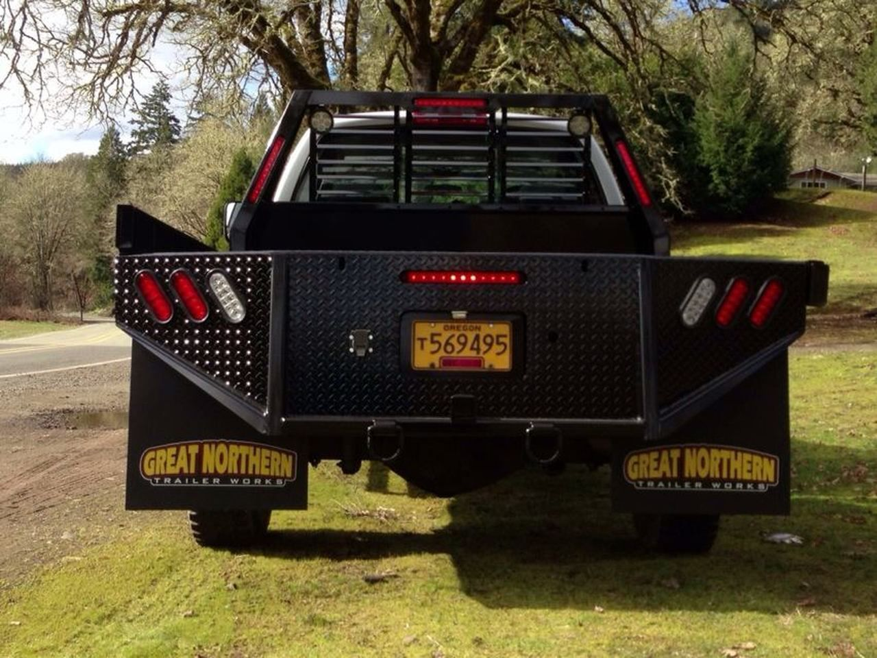 Great Northern Single Rear Wheel Long Bed Truck Flatbed in