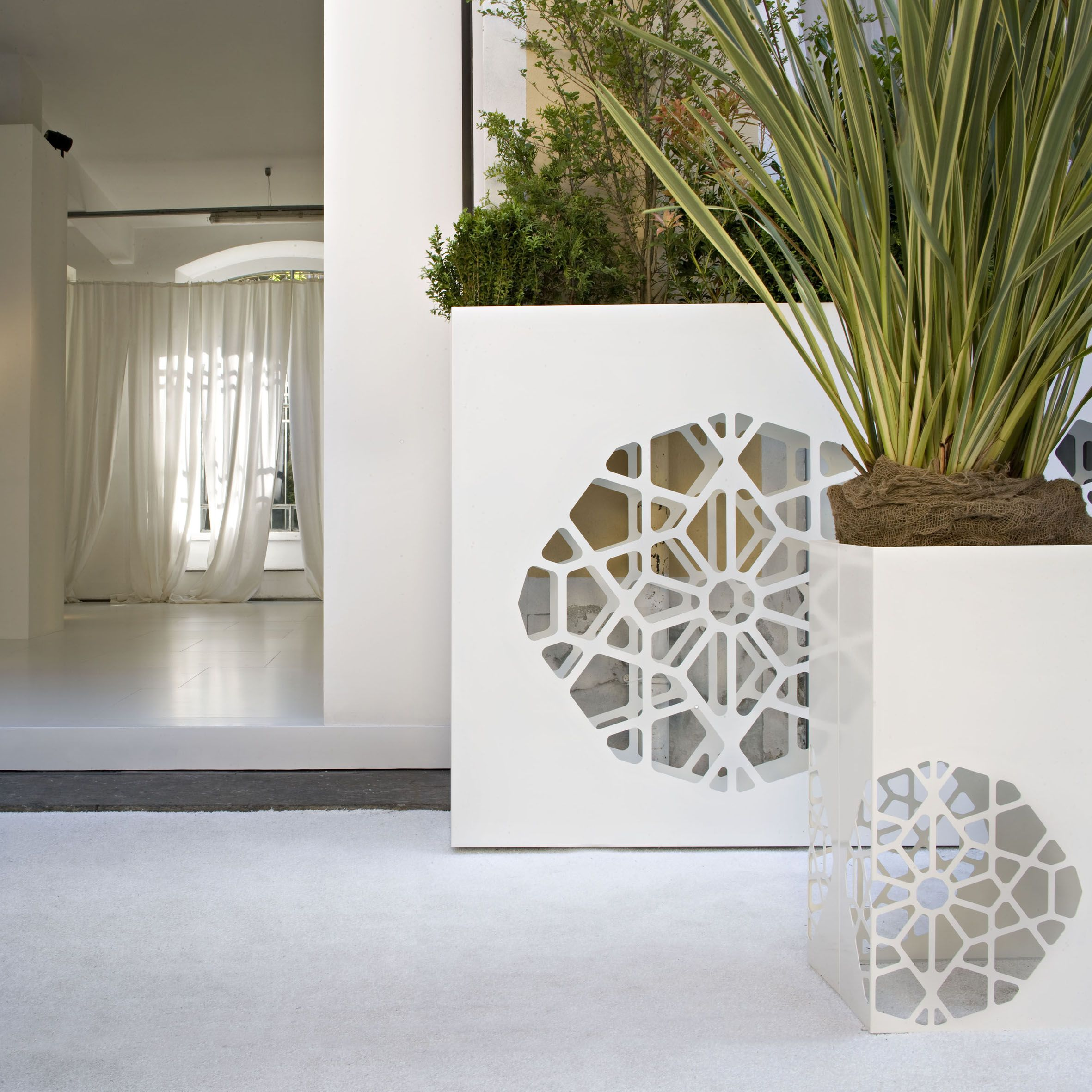 Dafne . Castelli - Design by Ludovica + Roberto Palomba | interior ...