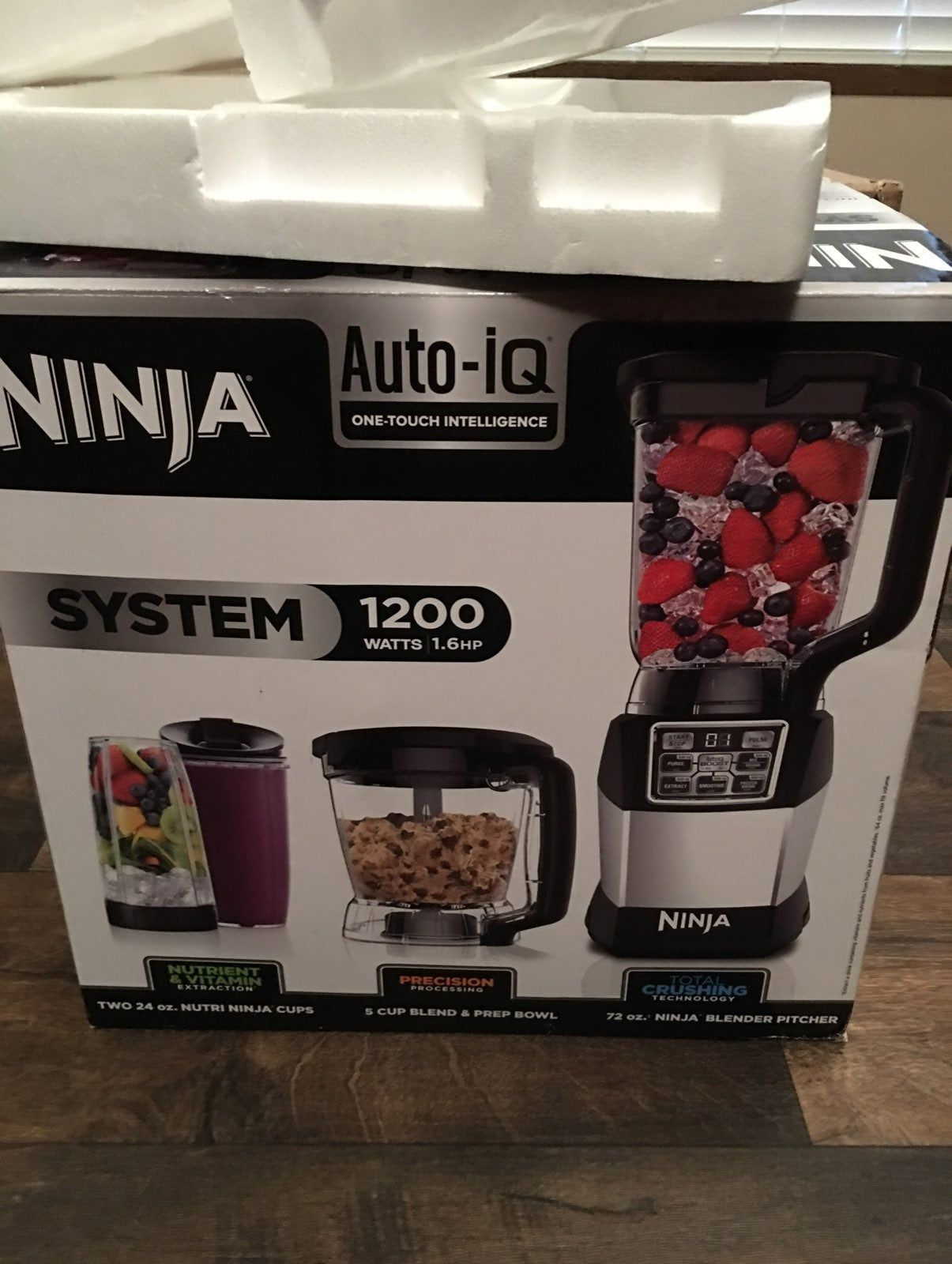 Open but never used ninja auto iq includes cups