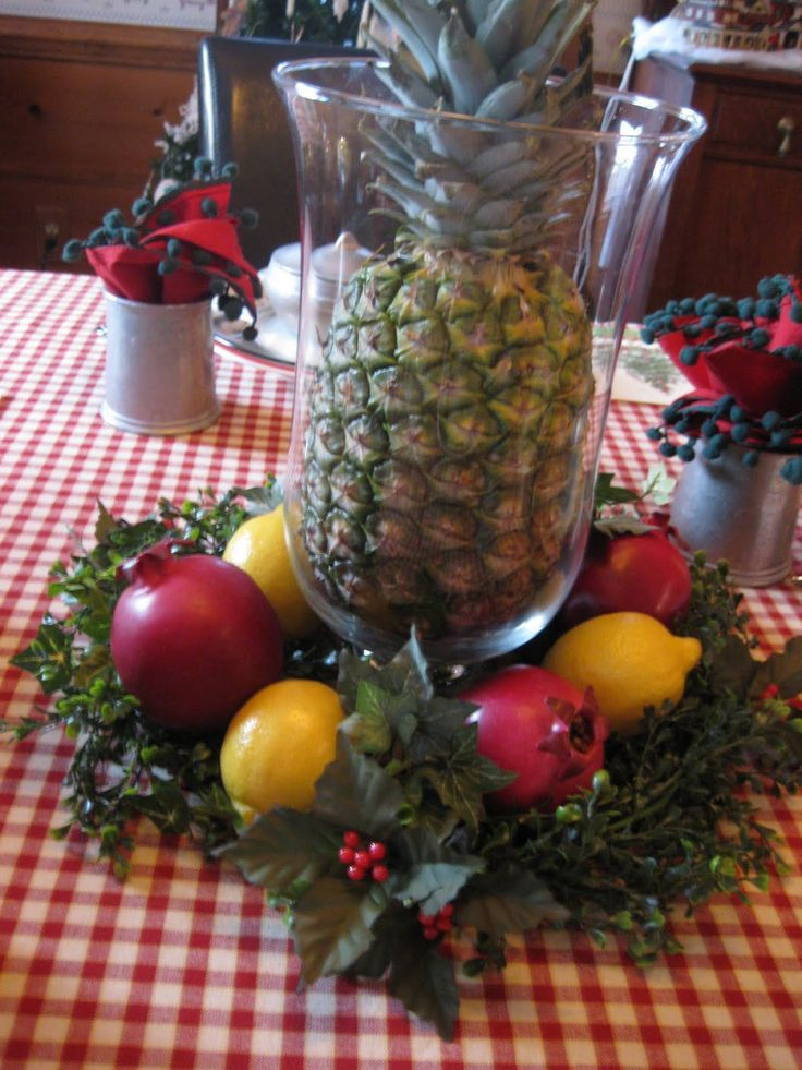 Williamsburg Christmas Table Decorations Mid-Atlantic Martha - christmas table decorations