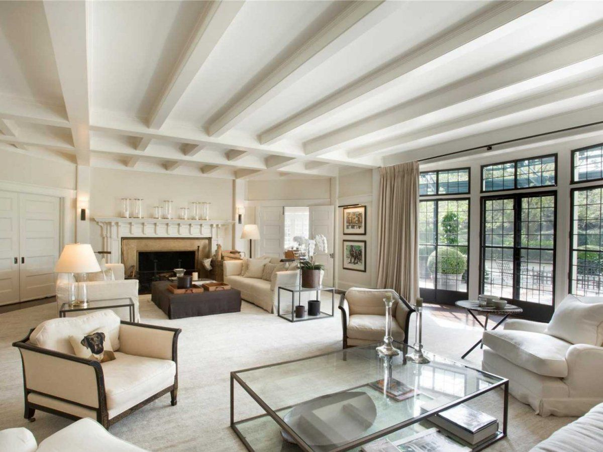 hamptons luxury lifestyle the principal living room is a fusion - Most Luxurious Living Rooms