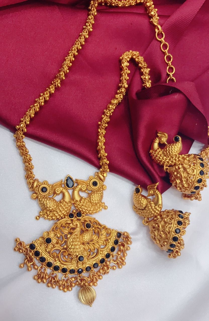 We offer wide range of indian imitation wedding jewellery from