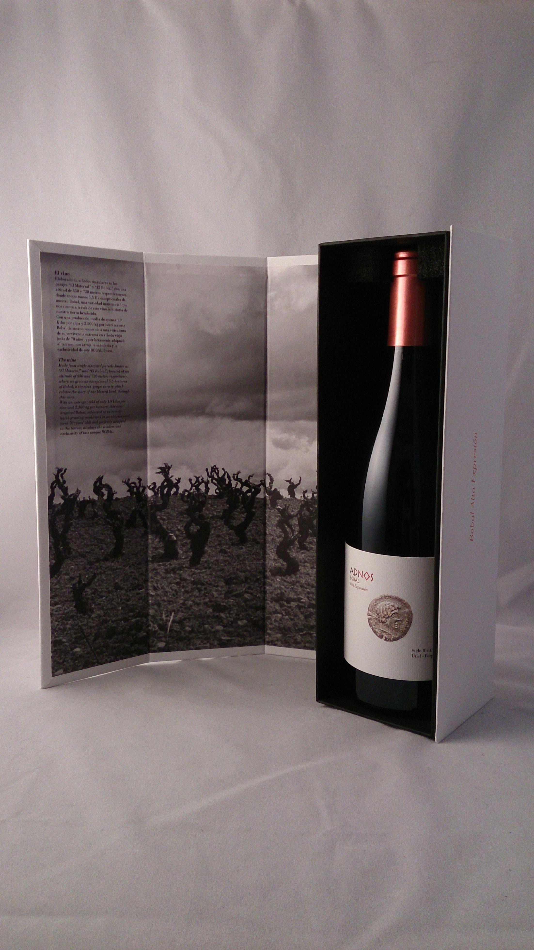 Luxury Wine Decanter Winedealsfreeshipping Post 2533854755 Pinotnoirwine Wine Packaging Design Wine Bottle Packaging Wine Bottle Design