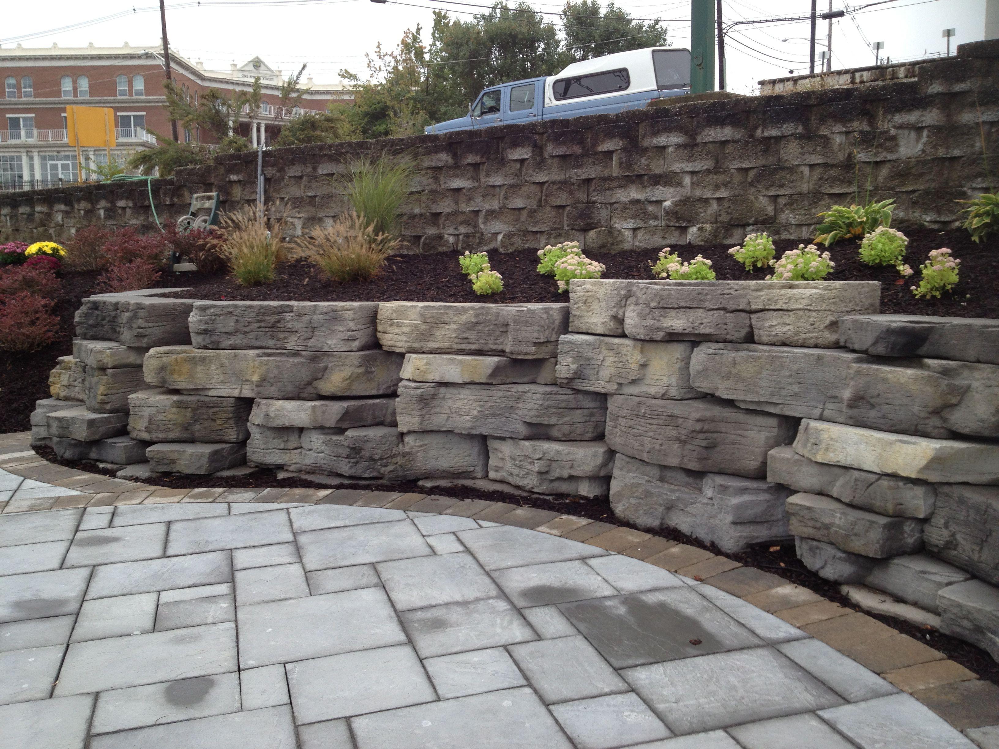 Outcropping Wall Backyard Retaining Walls Landscape Drainage Hardscape