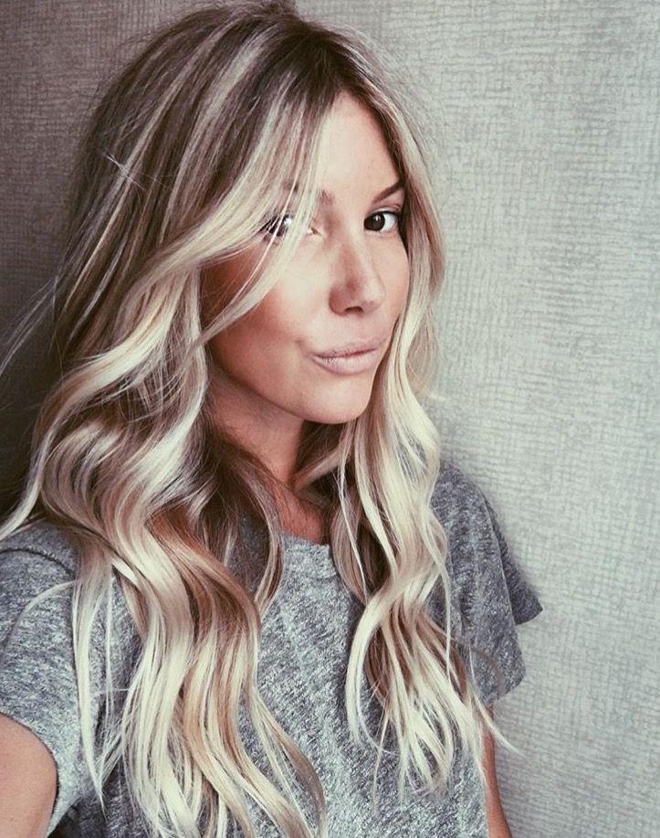 Pinterest Ellemartinez99 Surfer Hair Blonde Hair Brown Eyes