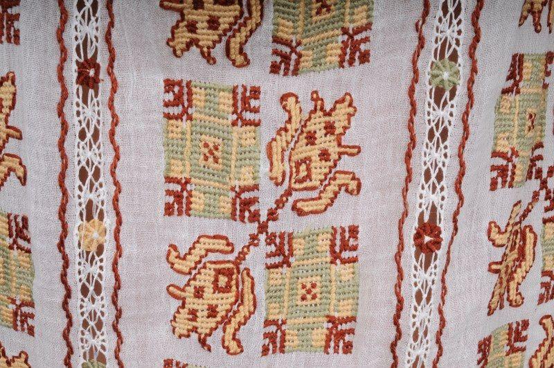 Ie mânecă lungă Lalea, prim-plan #traditional #handmade #romanianblouse