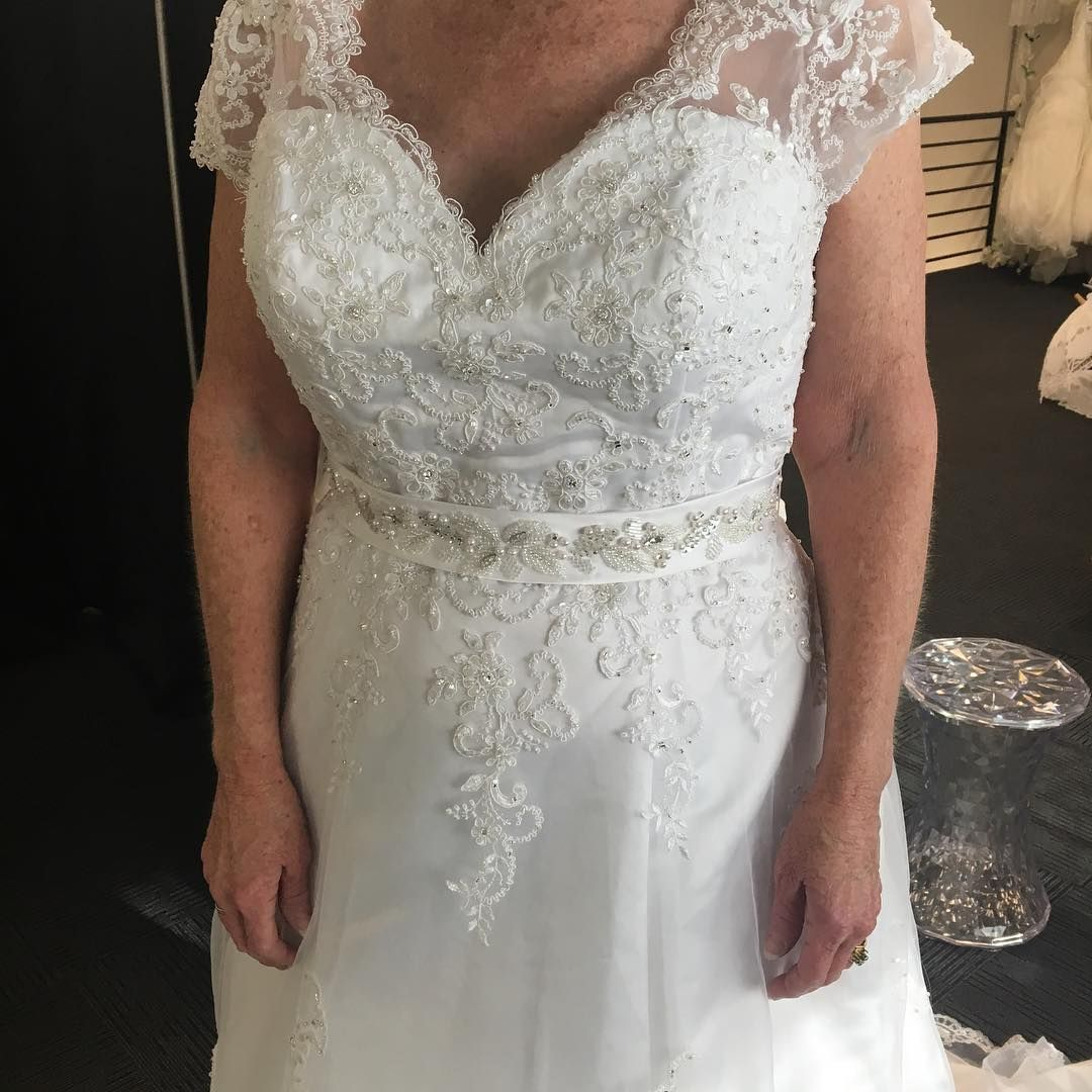 American wedding dress designer from the usa near dallas texas