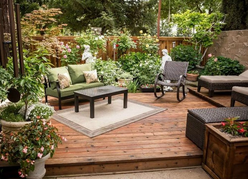 12 Big Ideas for Small Backyards | Small backyard ...