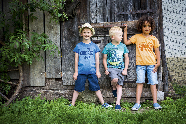 coole prints und bequeme shorts für starke jungs - jetzt von
