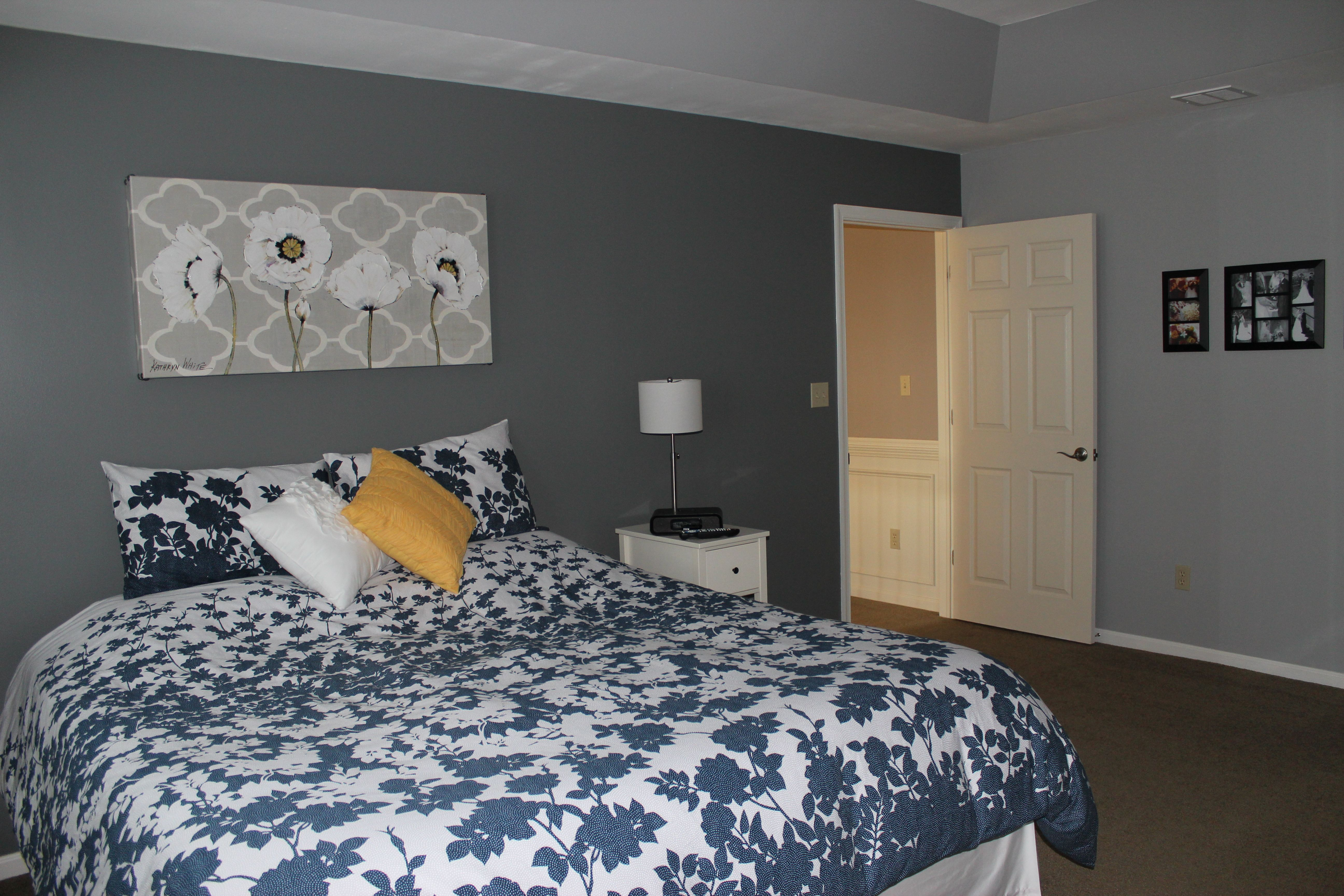 My Own Master Bedroom Sherwin Williams City Scape On The Darker Accent Wall And Arg Dark
