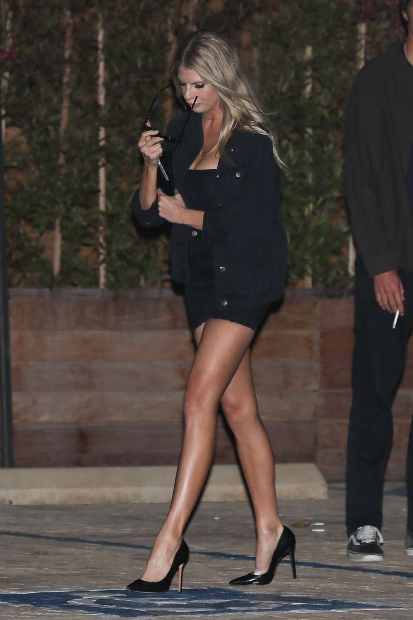5f95f77f3198d Charlotte McKinney wows in a micro skirt and sky high heels in Malibu