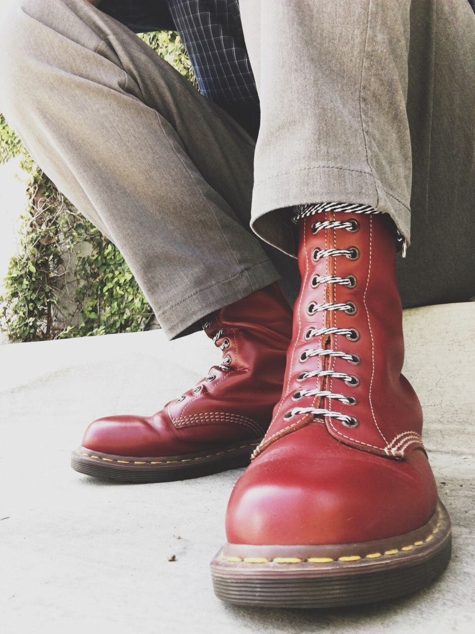 eb106b51580f49 Dr. Martens vintage 1490 boots with two tone laces - ArtaxRise ...